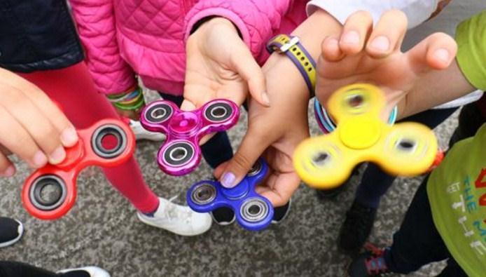 «Fidget Spinner: Ένα μέσο αντιμετώπισης των μαθησιακών δυσκολιών του παιδιού ή απλώς μια επιχειρηματική κίνηση;»