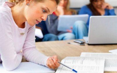Τα Προγράμματα Σπουδών της Φυσικής, της Χημείας και της Πληροφορικής Γ΄ ΓΕΛ