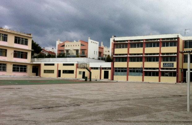 Κλειστά θα παραμείνουν αύριο τα σχολεία Α/θμιας και Β/θμιας στην Αττική