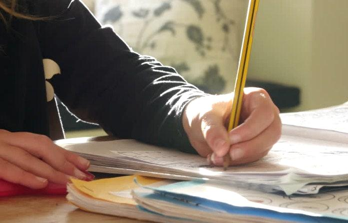 Επίδειξη γραπτών δοκιμίων Ομογενών 2020 – Αιτήσεις έως τη Δευτέρα 7 Δεκεμβρίου
