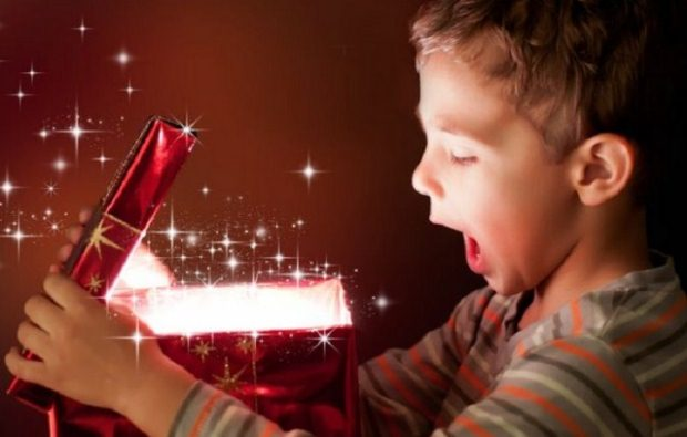 Τι πραγματικά επιθυμούν τα παιδιά τις περιόδους των γιορτών;