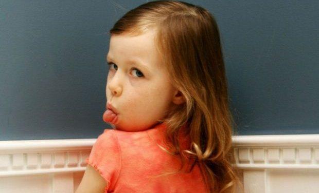 Όταν ένα παιδί έχει την τάση να λέει ψέματα ή όταν διαρκώς λέει όχι σε όλα…