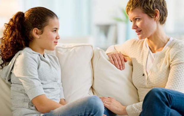 «Μην διστάζετε να ανοίγετε τα καυτά θέματα με τα παιδιά σας!» του Ψυχολόγου Γιάννη Ξηντάρα