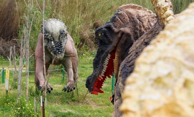 Άνοιξε το «Πάρκο των Δεινοσαύρων» στην Κερατέα