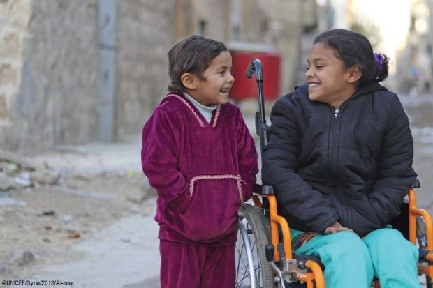 Χωρίς ορατό τέλος ο επτάχρονος πόλεμος στη Συρία: τα παιδιά με αναπηρίες διατρέχουν κίνδυνο περιθωριοποίησης