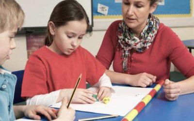 Θεσπίζεται η χορήγηση άδειας ανατροφής τέκνου στις μητέρες αναπληρώτριες εκπαιδευτικούς