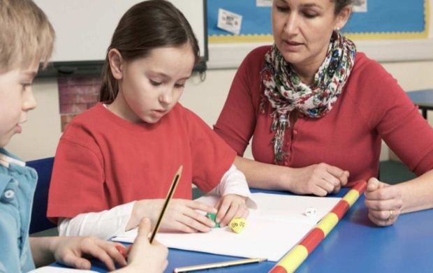 Η Ένωση Διευθυντών για τη σύσταση Ομάδων Εκπαιδευτικής Υποστήριξης Μαθητών στα σχολεία
