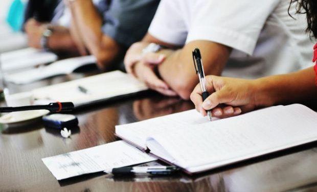 Πρόσκληση για βαθμολόγηση γραπτών στις εξετάσεις Προτύπων Γυμνασίων και Λυκείων
