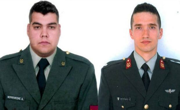 Με το πρωθυπουργικό αεροσκάφος στη Θεσσαλονίκη οι δύο Έλληνες στρατιωτικοί