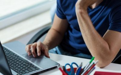 Άνοιξε η εφαρμογή του ΥΠΠΕΘ για τις ηλεκτρονικές εγγραφές στην Γ/θμια Εκπαίδευση