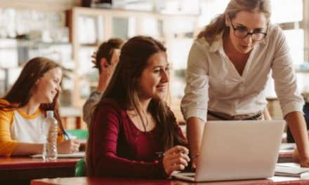 Ενημερωτικό Ν. Κορδή για τον αριθμό μονίμων εκπαιδευτικών και τις προσλήψεις αναπληρωτών την τρέχουσα σχολική χρονιά