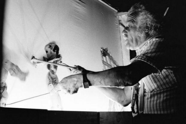 «Μπροστά απ' τον μπερντέ» στο πλαίσιο του 47ου Φεστιβάλ βιβλίου στο Ζάππειο