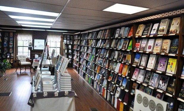 Βιβλίο: Τα 10 best sellers στη Λογοτεχνία, 1 έως 7 Οκτωβρίου 2018