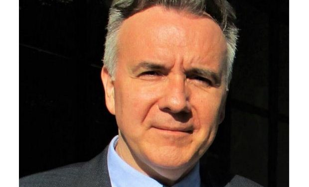 «Ελλάδα και Ευρώπη, αντιθέσεις και συμπτώσεις»: Συζήτηση με τον Κ. Λάβδα στις «Συναντήσεις Κορυφής στο cafe του ΙΑΝΟΥ»