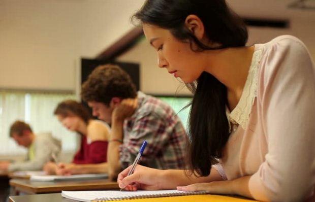 Πανελλήνιες εξετάσεις: Χρήσιμες συμβουλές για μαθητές και γονείς