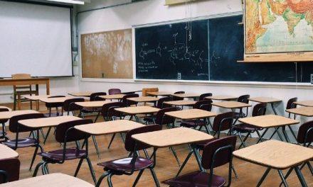 Πάσχα 2019: Ξεκίνησαν οι διακοπές για τα σχολεία
