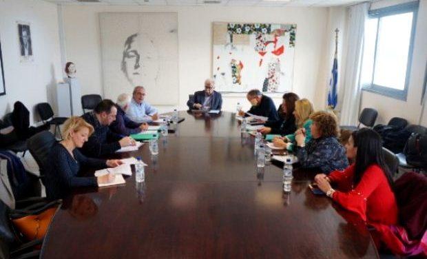 Συναντήσεις του Υπουργού Παιδείας με ΔΟΕ και ΠΟΣΕΕΠΕΑ