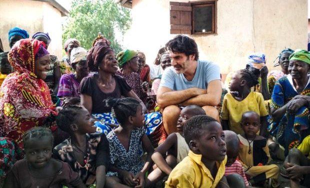 «Ένας Κόσμος»: Η – χωρίς σενάριο – ταινία του Χριστόφορου Παπακαλιάτη για την ActionAid