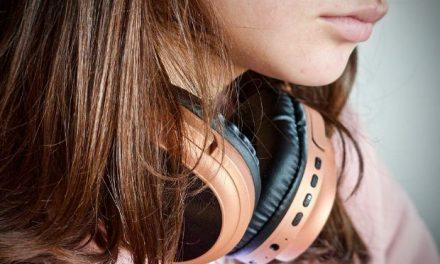 Η εφηβεία χρειάζεται συμμετοχή και όχι αντιμετώπιση