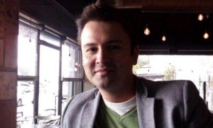 Συζήτηση με τον συγγραφέα Γιάννη Σκαραγκά – Χάρτινοι ήρωες και πραγματικοί άνθρωποι