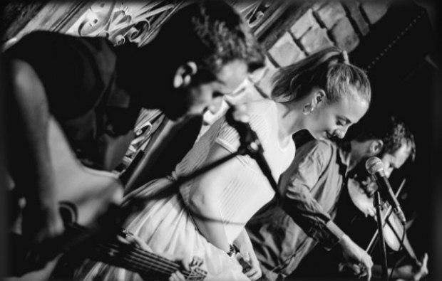 Ταξιδέψτε στον κόσμο με το «Markab Trio» / Σάββατο 6 Απριλίου στη Ζώγια