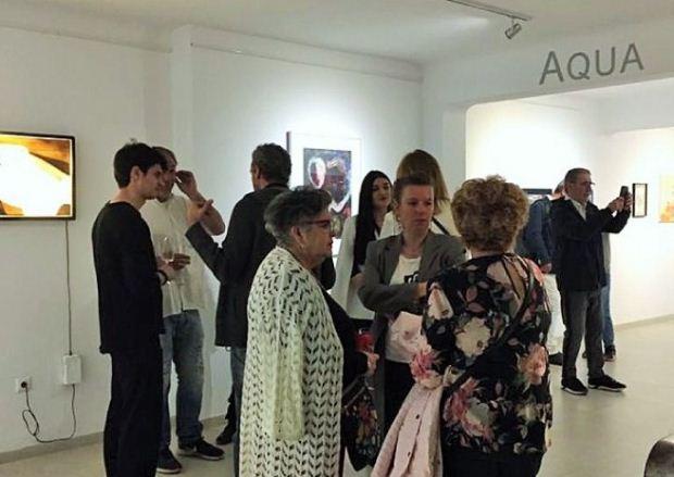 «Γυμνή Αλήθεια» στην Aqua Gallery