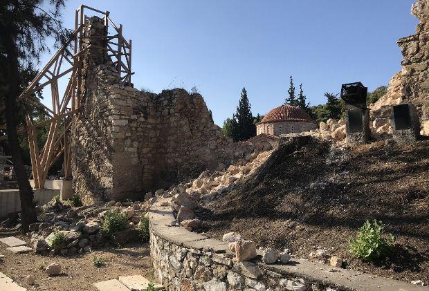 Αποτίμηση ζημιών στη Μονή Δαφνίου μετά τον σεισμό της 19ης Ιουλίου