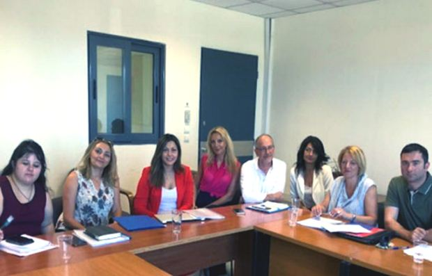 Συνάντηση Σοφίας Ζαχαράκη με την ΠΟΣΕΕΠΕΑ – Τι συζητήθηκε