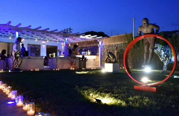 Πολιτισμός και Γαστρονομία στο Blue Fusion Art Restaurant της Μυκόνου