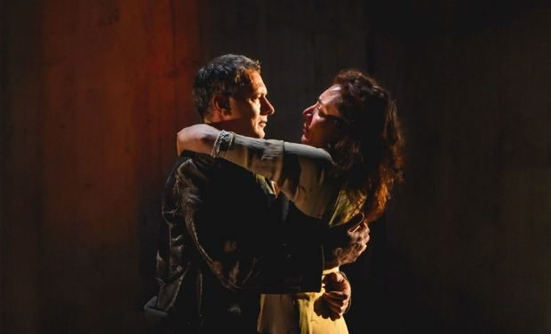 Η «ΓΕΡΜΑ» του Φεντερίκο Γκαρθία Λόρκα στη Θεσσαλονίκη για δύο παραστάσεις στο Θέατρο Αμαλία