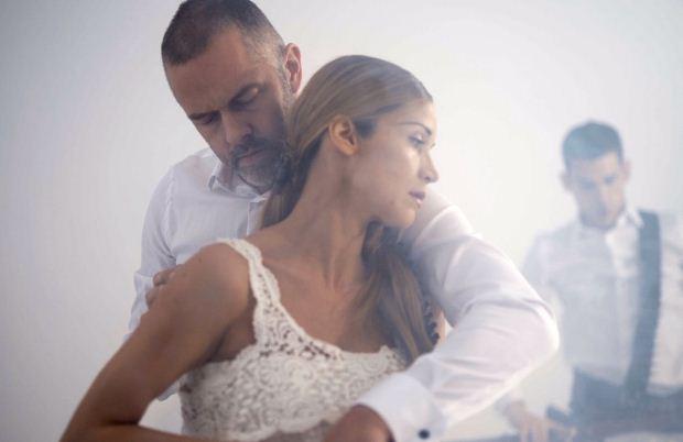 Χρήστος Λούλης & Ιωάννα Παππά στον «Χορό της Φωτιάς» του Άρη Μπινιάρη   Από 30/10 στο Δημοτικό Θέατρο Πειραιά