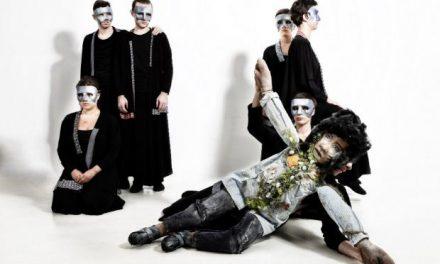 «Κατανόησέ με ή σε Καταβροχθίζω» από τη θεατρική ομάδα Ανδρομέδα στο Vault