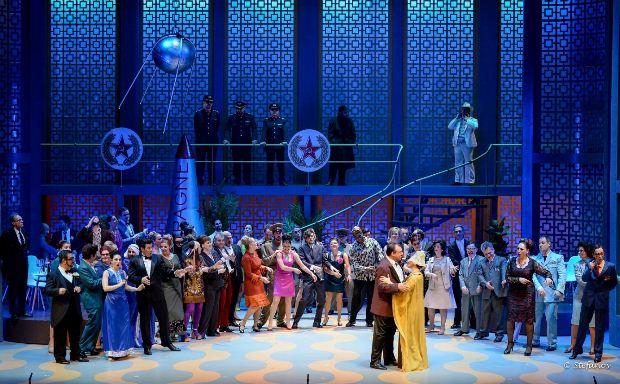 Όπερα στο Μέγαρο Μουσικής Θεσσαλονίκης – Γιόχαν Στράους ο νεότερος: Η Νυχτερίδα