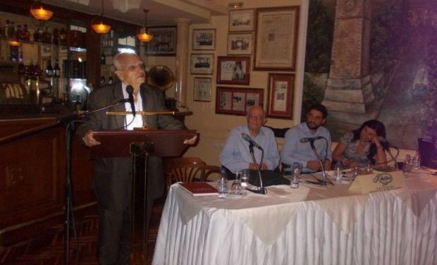 Ο Δήμαρχος Χανίων Π. Σημανδηράκης μιλά για το μυθιστόρημα του Αντώνη Σχετάκη «Στους Δρόμους του Αυγερινού»