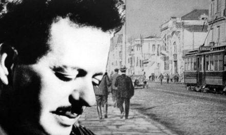 Βασίλης Τσιτσάνης (18 Ιανουαρίου 1915 – 18 Ιανουαρίου 1984)