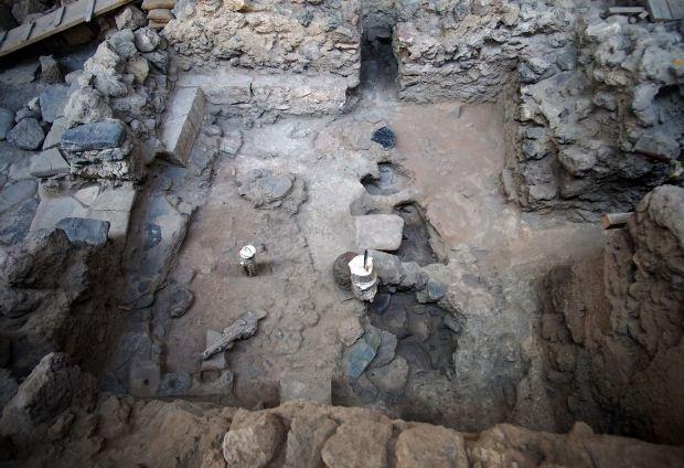 Νέα ευρήματα στην προϊστορική πόλη του Ακρωτηρίου Θήρας