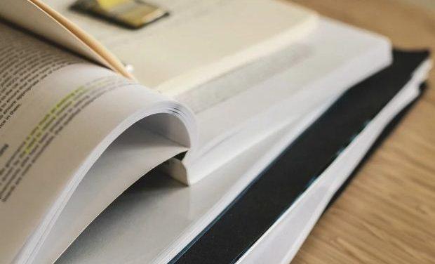 Χρήσιμο υλικό για τα Νέα Ελληνικά / Νεοελληνική γλώσσα & Λογοτεχνία Λυκείου (50+ προτάσεις)