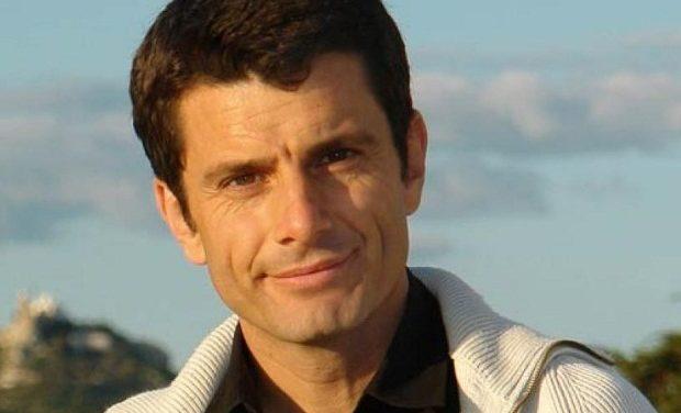 Ο διακεκριμένος Ισπανός συγγραφέας Πέδρο Ολάγια σε εκδήλωση της ΠΕΦ