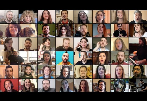 ThesSingers – Σχήμα Λόγου: 43 καλλιτέχνες από τη Θεσσαλονίκη σε ένα ιστορικό τραγούδι