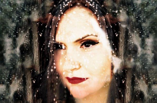 Νέο τραγούδι: Ζωή Λιαντράκη – Το δάκρυ της βροχής