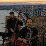 Η Θεσσαλονίκη μένει αισιόδοξη – Συναυλία με τον Κώστα Μακεδόνα στο Λευκό Πύργο