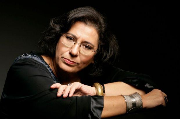 Μegaron Online: Η Μαρία Φαραντούρη στο «Ημερολόγιο για περαστικούς στα τέλη του αιώνα»