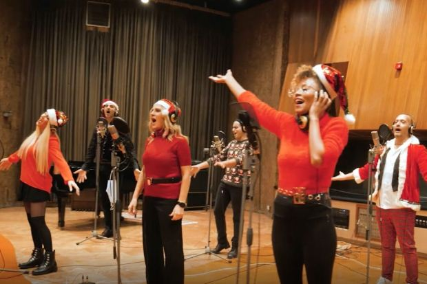 Online μεταδόσεις από το ΜΜΘ – «Χριστούγεννα» από το μιούζικαλ «Σκρουτζ»