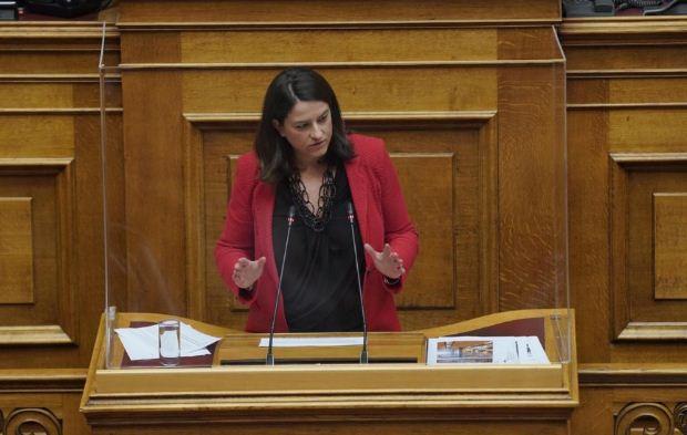 Κεραμέως – Η ομιλία της Υπουργού στην ολομέλεια της Βουλής για το ν/σ: 5 παθογένειες δεκαετιών της ανώτατης εκπαίδευσης