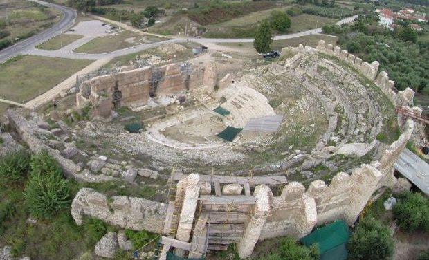 Megaron Online / Παραμερίζοντας το πέπλο του χρόνου: Ρωμαϊκό θέατρο Νικόπολης