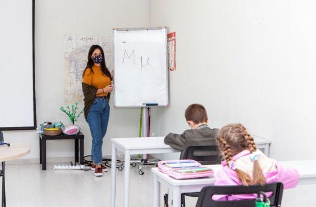 Από την τάξη στο γήπεδο – Η δασκάλα που όλοι θα ήθελαν να έχουν!