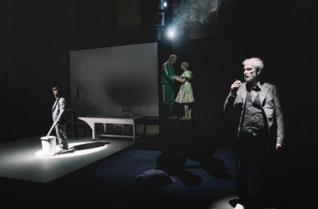 ΚΘΒΕ: «Ο Πουπουλένιος» του Μάρτιν Μακ Ντόνα δωρεάν για το κοινό