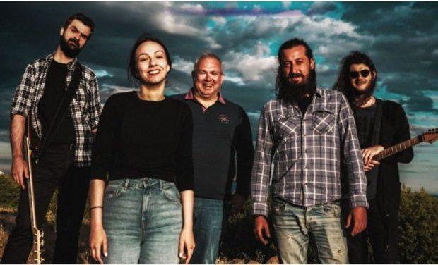 ΕΝΤΕΧΝΩΣ | Το νέο τους τραγούδι – μήνυμα για την καθημερινότητα των μουσικών στην εποχή της πανδημίας