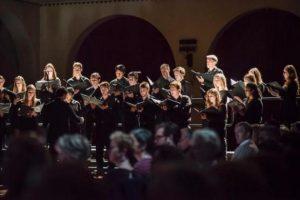 Η χορωδία American University Chamber Singers στη Θεσσαλονίκη με τη μουσική παράσταση «A CAPPELLA»