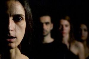 «Αντιγόνη» του Σοφοκλή από την Omerta Theatre στις Γιορτές Ανοιχτού Θεάτρου